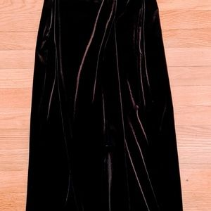 Laundry Stunning chocolate brown velvet gown.